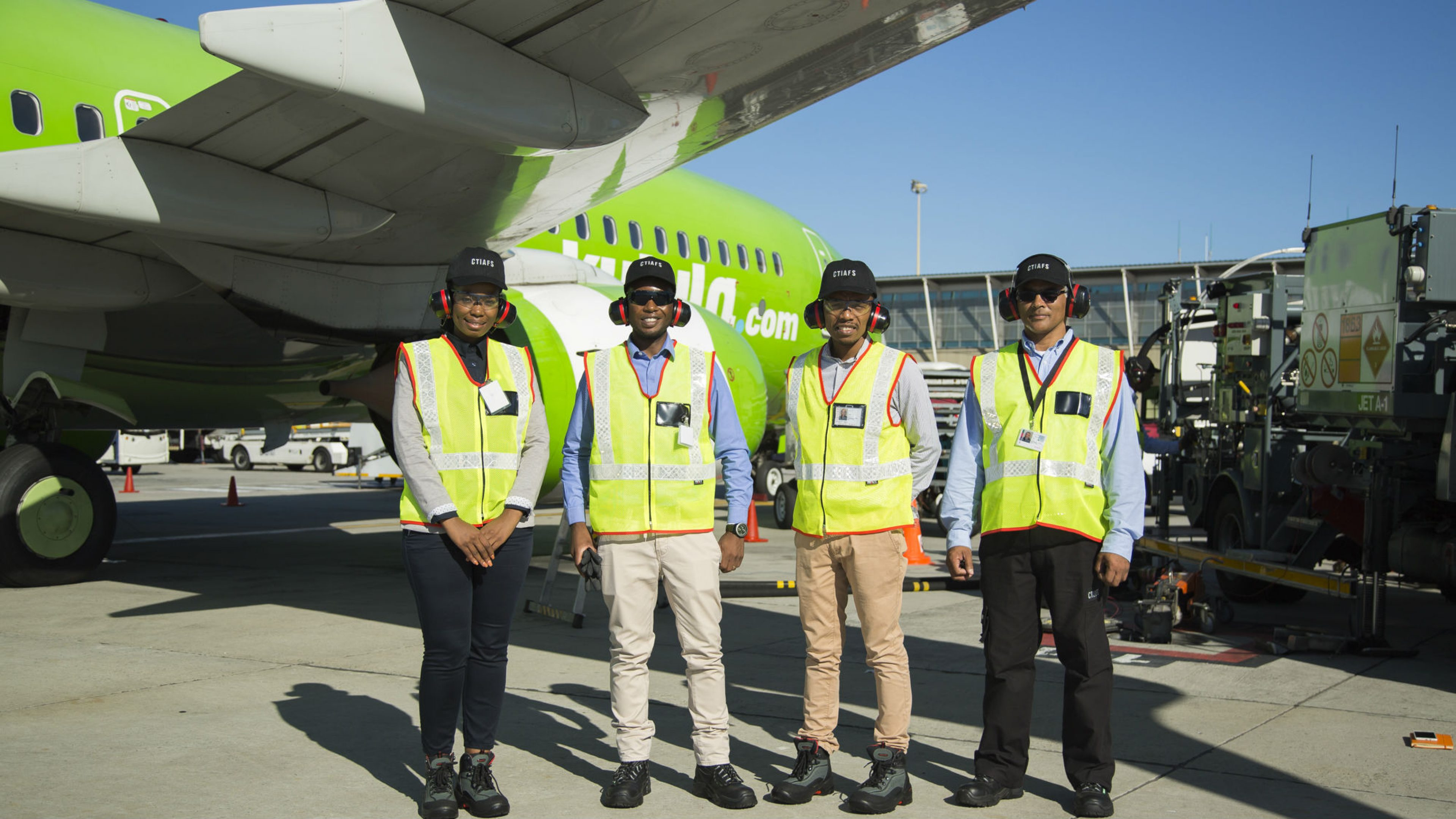 Air BP team fuelling at Cape Town International Airport on day one, 1 June