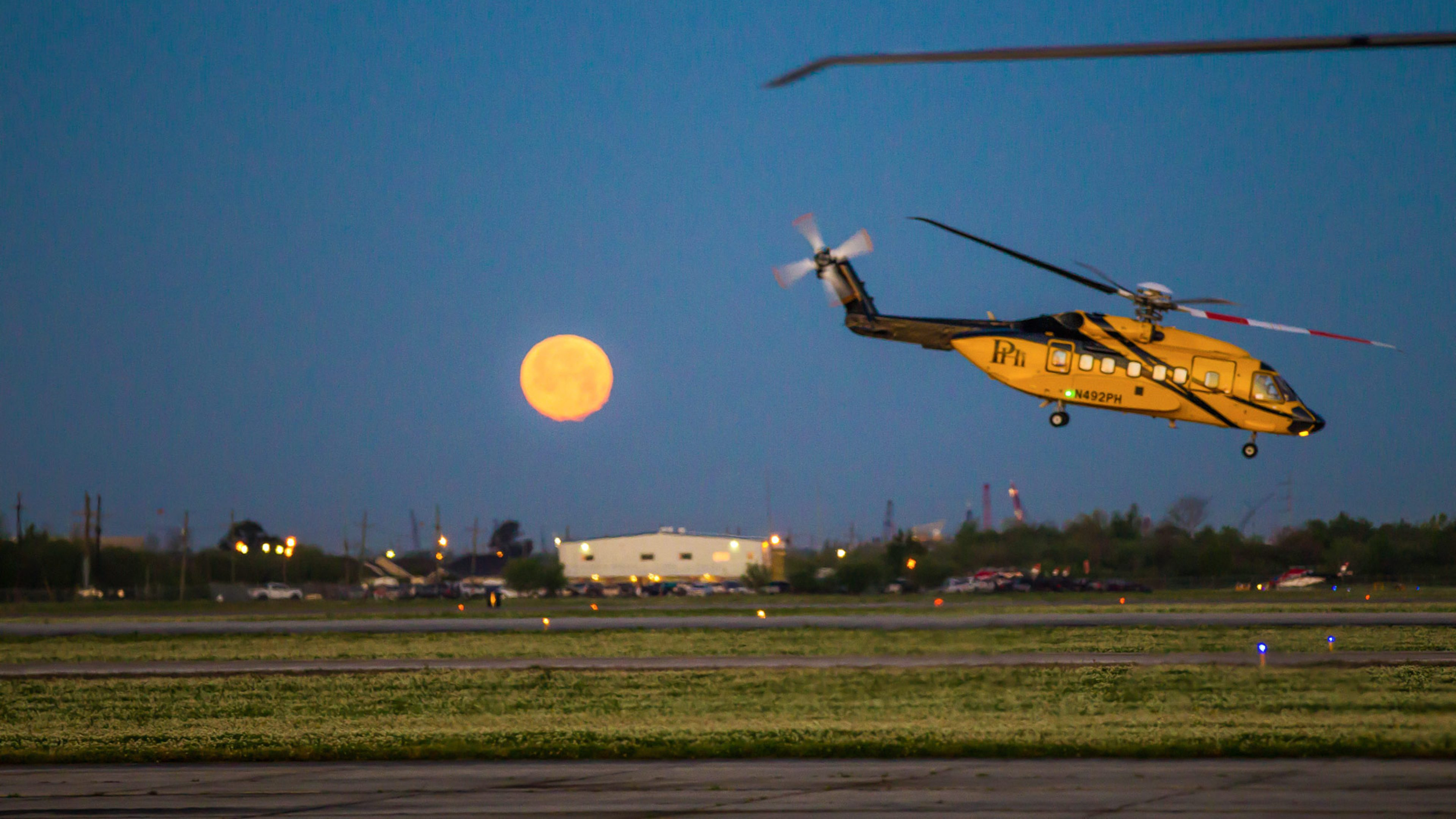 A day in the life at Houma heliport | News and insights | Home