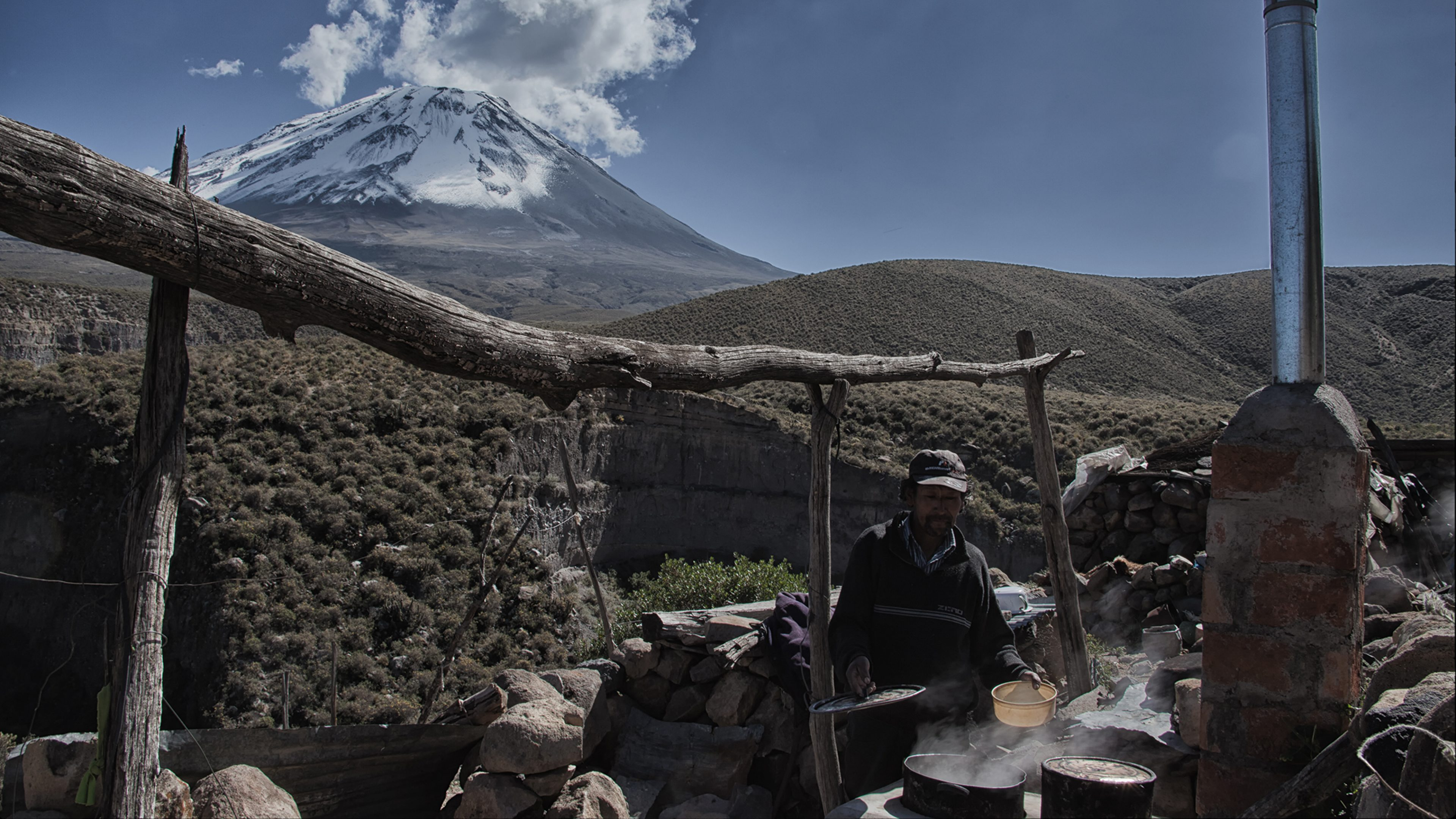 The Qori Q'oncha cookstoves project is working across Peru including the Andean Altiplano